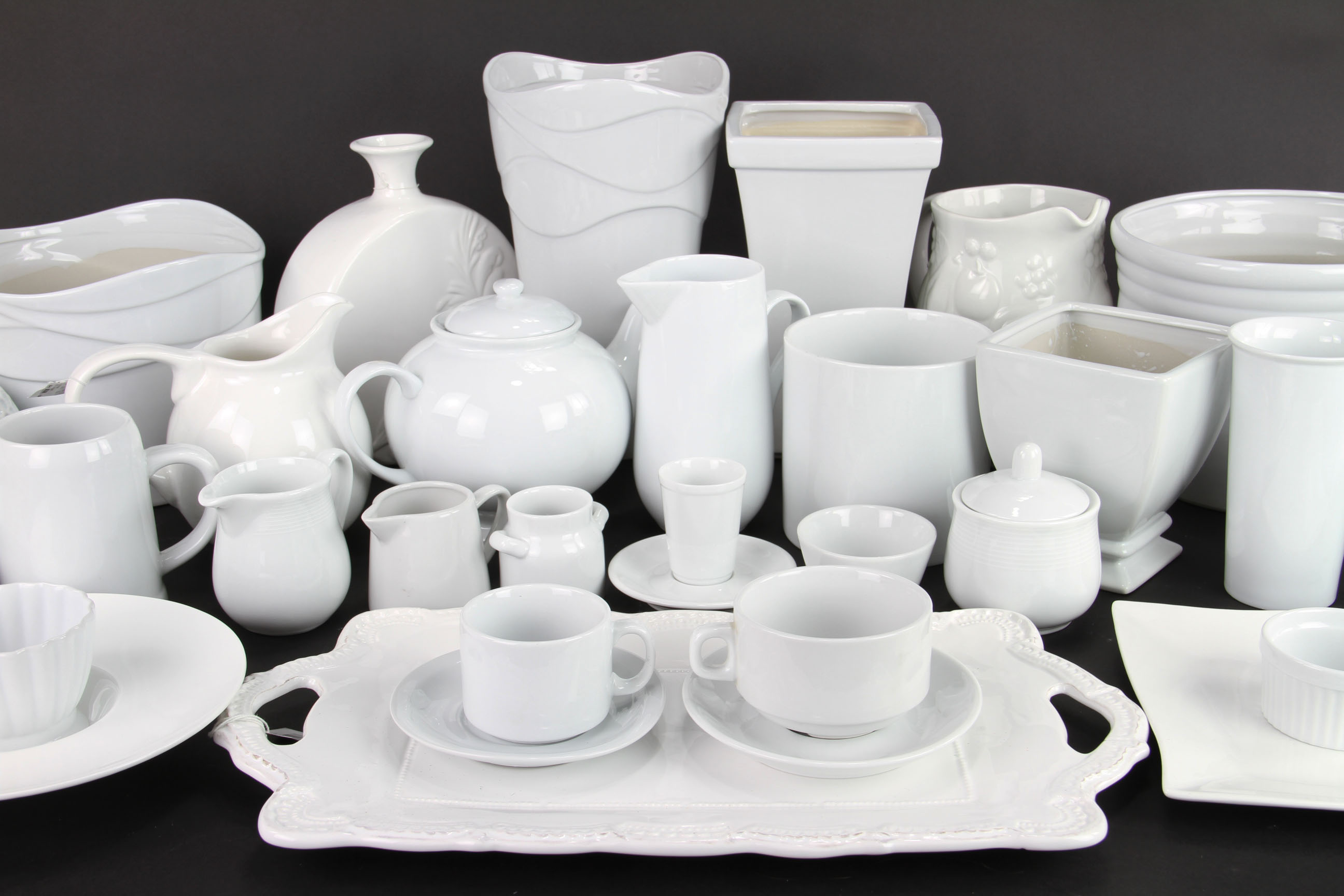 Solid White Ceramic Containers And Dishes Are 25 Off 8 8